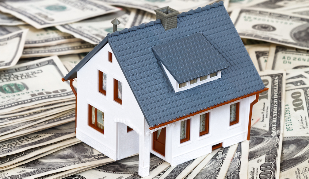 Model-house-on-money